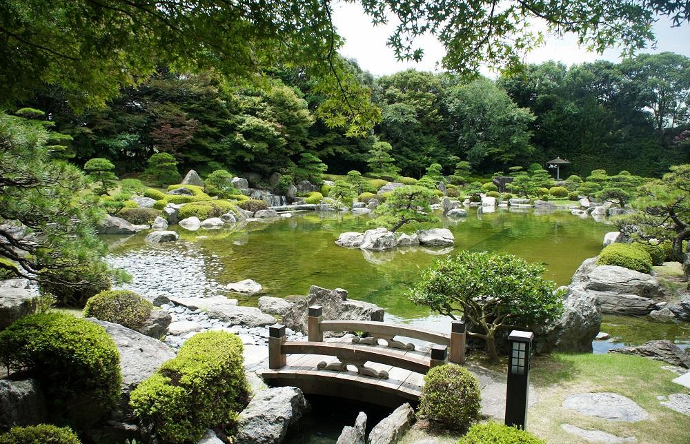 des conseils en d coration maison et jardin comment cr er un jardin japonais. Black Bedroom Furniture Sets. Home Design Ideas