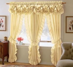 Décoration avec rideaux