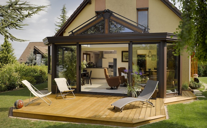 des conseils en d coration maison et jardin comment d corer sa v randa. Black Bedroom Furniture Sets. Home Design Ideas