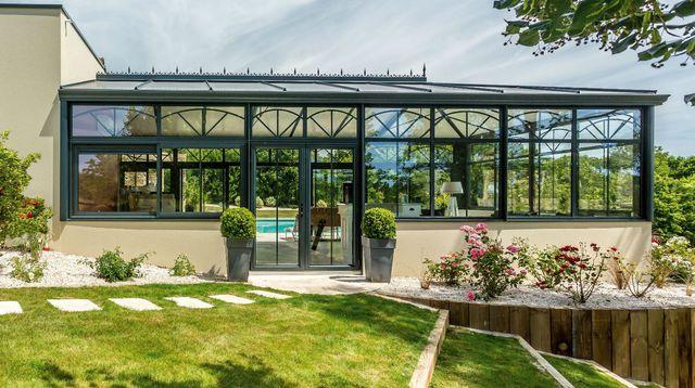 des conseils en d coration maison et jardin comment am nager une v randa. Black Bedroom Furniture Sets. Home Design Ideas